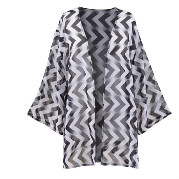 Simply Be Tops - Simply Be Black and White Kimono